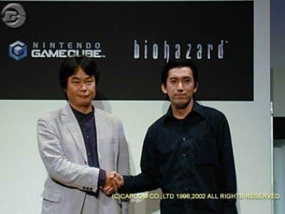 Saludo MIyamoto y Shinji Mikami