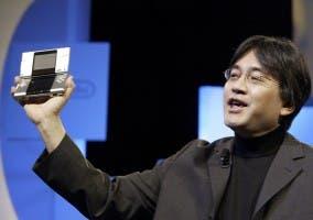Iwata en la presentación de DS
