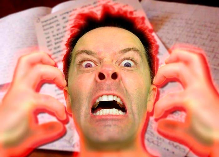imagen para portada de cartas de usuario enojado