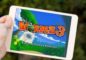 iPad Mini y Worms 3